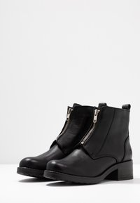 Apple of Eden - DIA - Ankle boots - black - 2