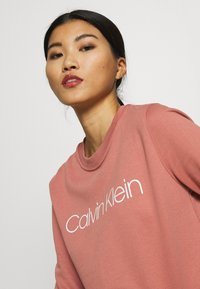 Calvin Klein - CORE LOGO - Felpa - muted pink - 3
