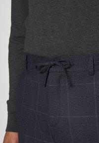 Isaac Dewhirst - CHECK UNSTRUCTURED - Costume - dark blue - 8