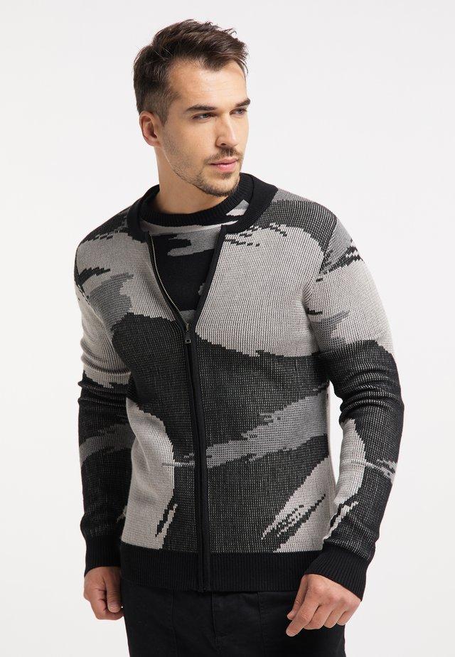 Cardigan - schwarz camouflage