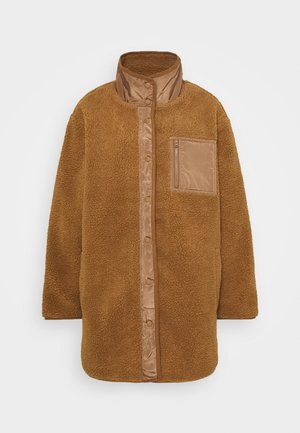 LONG SHIRT TAIL SHERPA JACKET - Winter jacket - brown