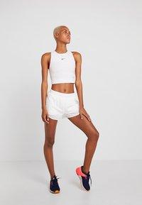 Nike Performance - TANK - Toppi - vast grey/white/black - 1