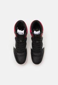 Armani Exchange - Sneakers hoog - white/black/red - 3