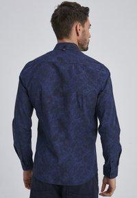 Auden Cavill - Shirt - blau - 1