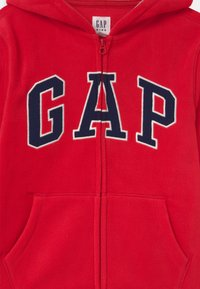 GAP - BOY ARCH HOOD - Fleecejas - pure red - 2
