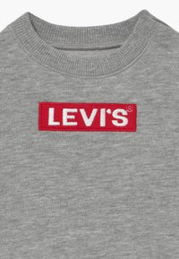 Levi's® - BOX TAB CREWNECK - Sweater - grey heather - 3