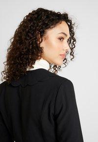 Fashion Union - TORA - Blazere - black - 3
