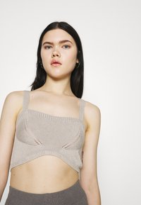 NU-IN - STEFANIE GIESINGER X nu-in WIDE STRAP KNITTED BRALETTE - Top - beige - 3
