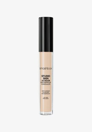 STUDIO SKIN FLAWLESS 24 HOUR CONCEALER 8ML - Korektor - edd3b5- fair light warm