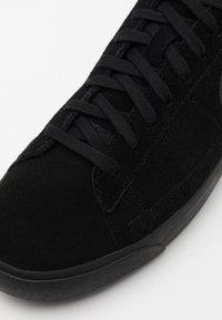Nike Sportswear - BLAZER UNISEX - Sneakers - black - 7