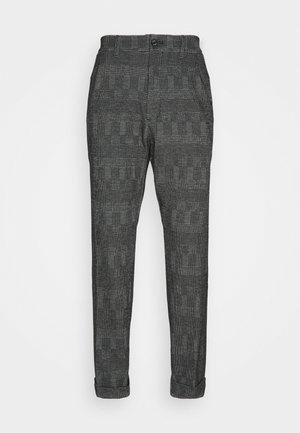 TAPERED PLEAT COMFORT CHECK - Kalhoty - black