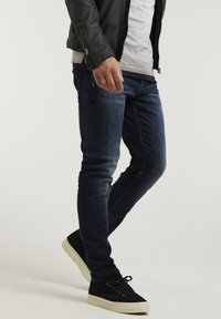 CHASIN' - ROSS ALVER - Slim fit jeans - blue - 2