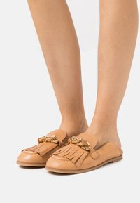 See by Chloé - MAHE FLAT - Slip-ons - light pastelbrown - 0