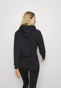 Guess - HOODED - Sweatshirt - jet black - 2