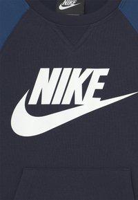 Nike Sportswear - MIXED MATERIAL CREW - Sweatshirt - blue - 2