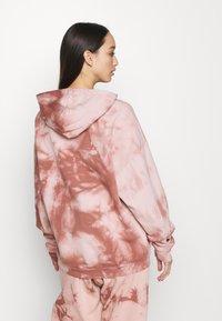 Topshop - TIE DYE HOODY - Sweatshirt - pink - 2