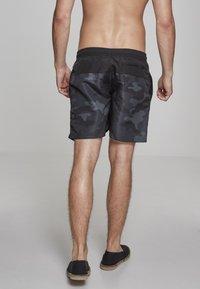 Urban Classics - BLOCK - Swimming shorts - blk/darkcamo - 2