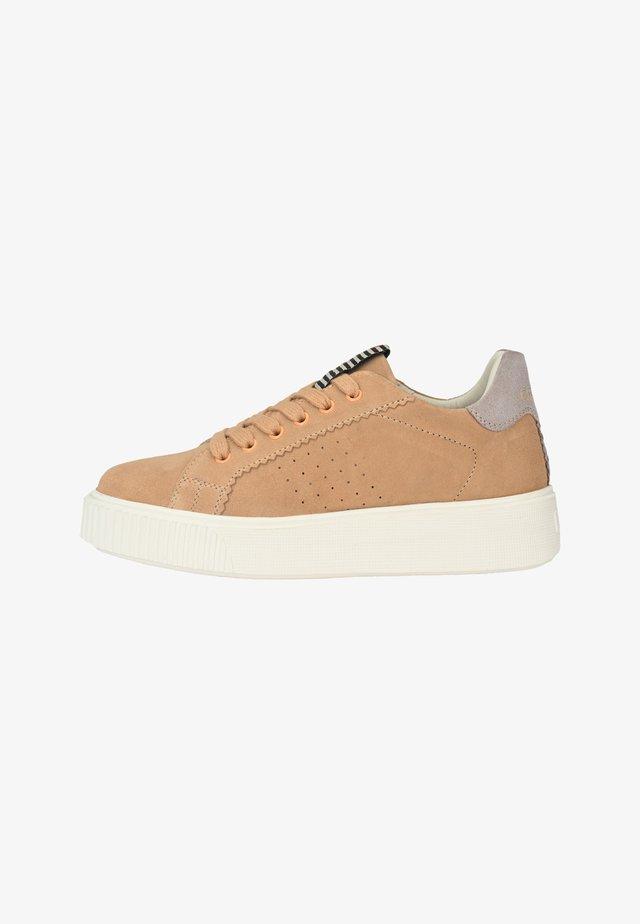 Sneakers laag - hellcognac