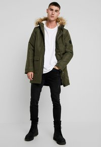 Only & Sons - ONSBASIL JACKET NOOS - Winter coat - forest night - 1