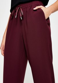 River Island - Tracksuit bottoms - red - 3