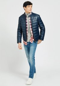 Guess - Winter jacket - blau - 1