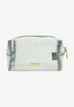 DREAMY SKY MAKEUP BAG - Wash bag - transparent