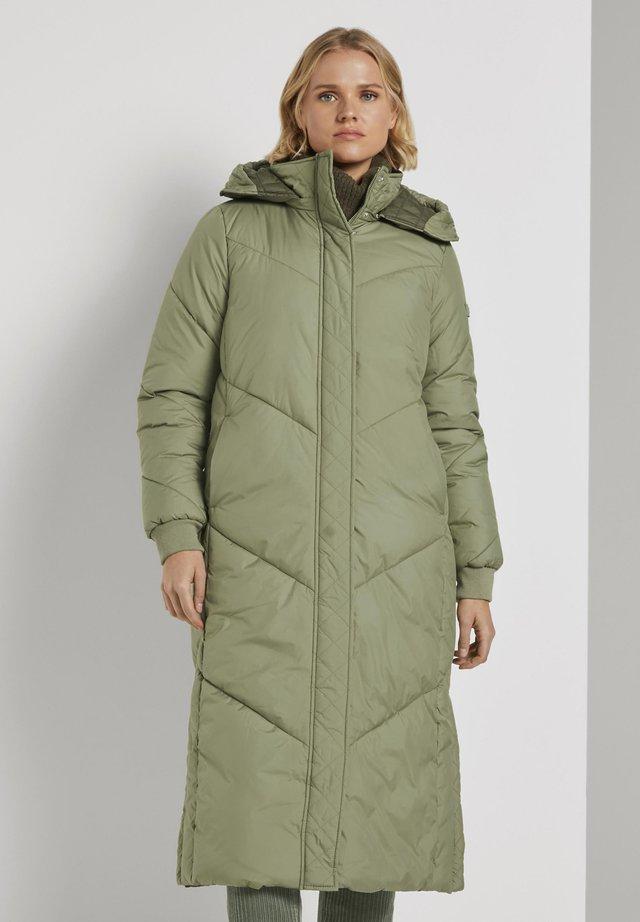 Winter coat - deep olive green
