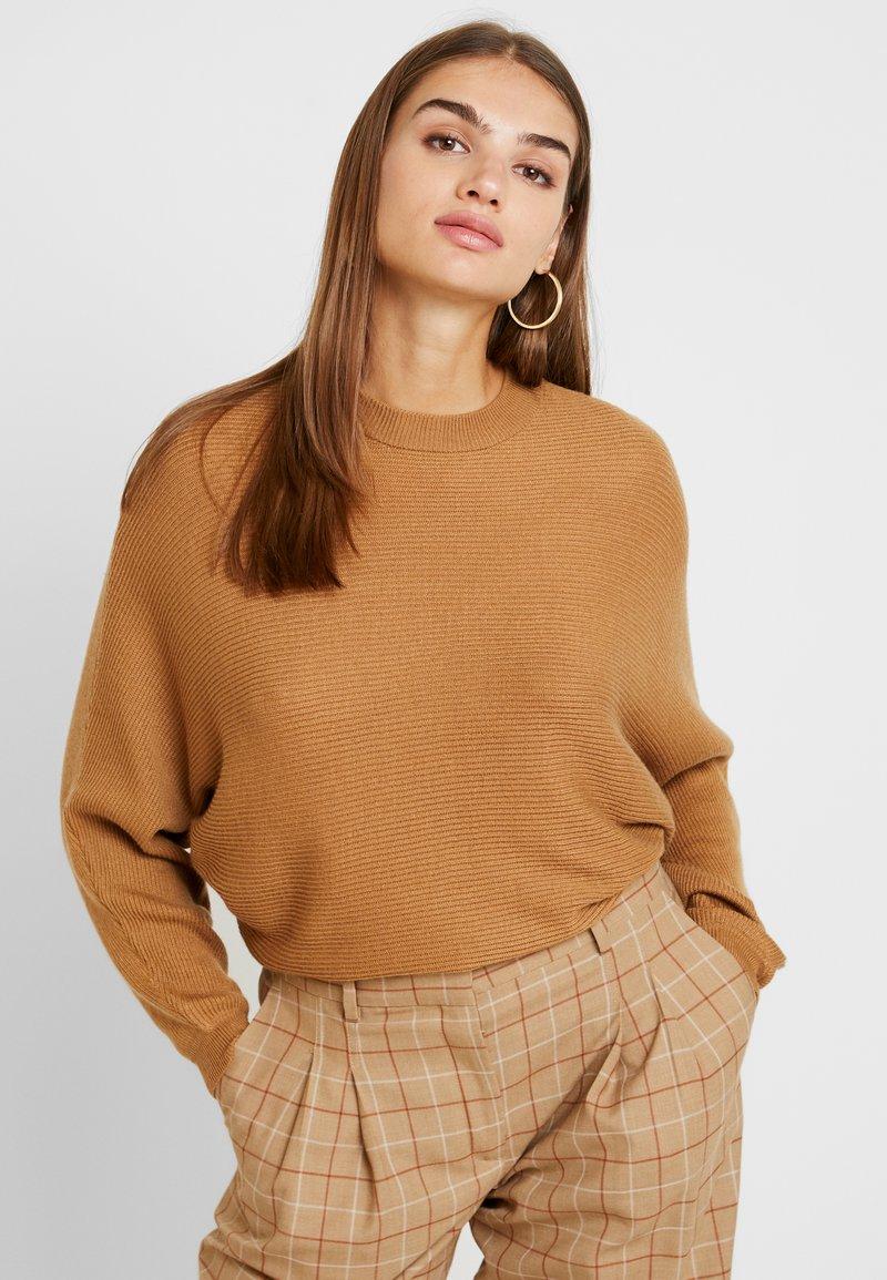 TWINTIP - Jumper - light brown