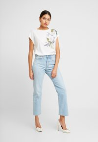 Ted Baker - SELLIE - T-shirts print - white - 1