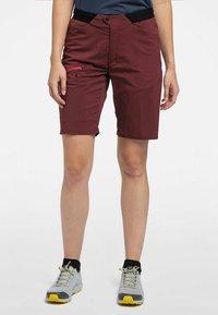 Haglöfs - KURZE WANDERHOSE L.I.M FUSE WOMEN - Outdoor Shorts - maroon red - 1