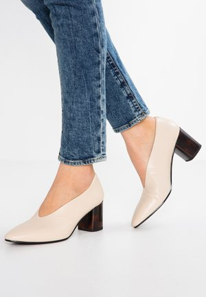 EVE - Classic heels - toffee