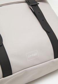 Spiral Bags - CROWN UNISEX - Mochila - white - 4