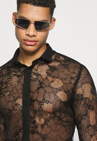 Twisted Tailor - KONA SHIRT - Camisa - black - 3