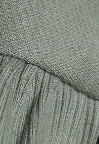 Bruuns Bazaar - RUBINE RIEA - Sweatshirt - moss - 2
