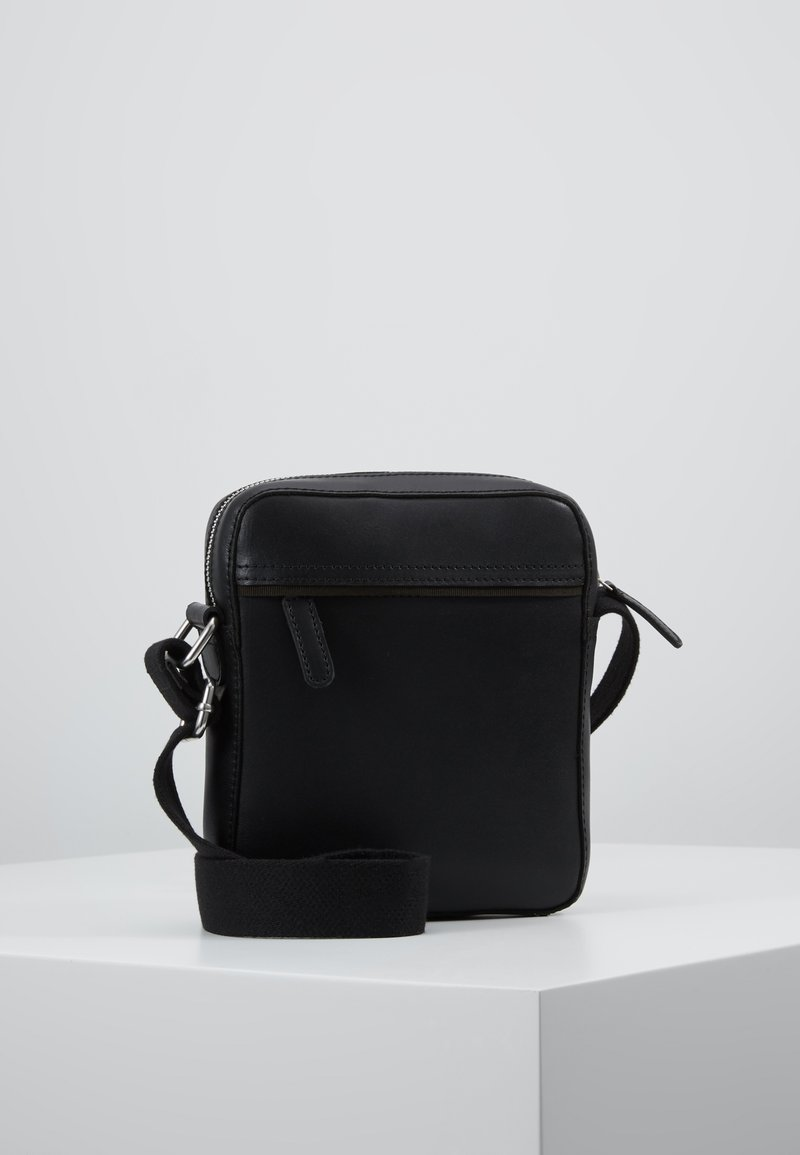 Pier One - LEATHER - Across body bag - black