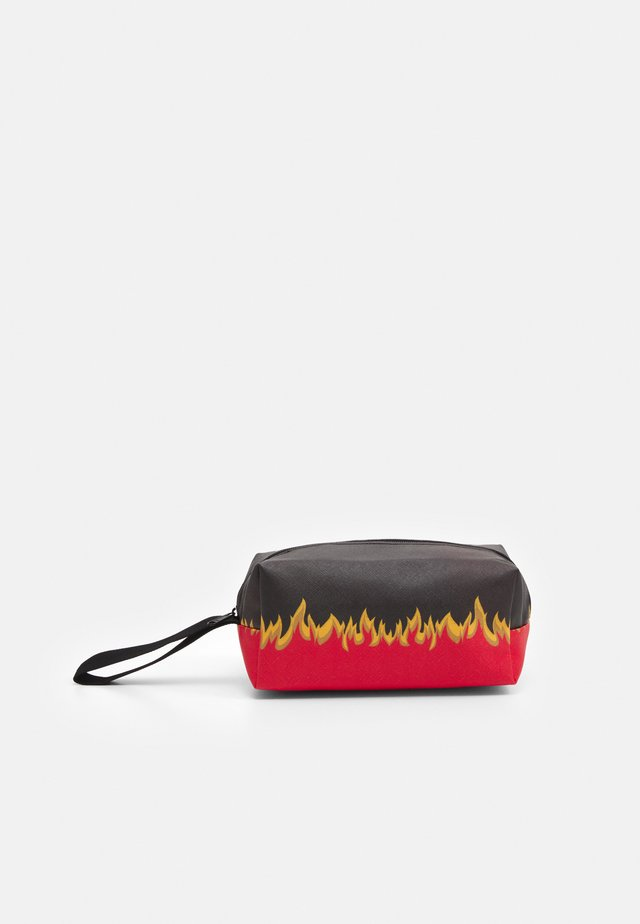 FLAME PRINT COSMETIC BAG - Wash bag - black/red