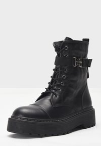 Inuovo - Lace-up ankle boots - black blk - 1