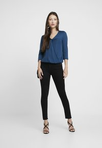 NA-KD - HIGH WAIST - Jeans Skinny Fit - black - 1