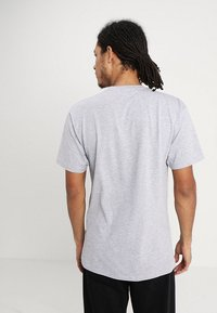 Vans - CLASSIC - Print T-shirt - athletic heather black - 2
