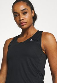 Nike Performance - CITY SLEEK TANK - T-shirt de sport - black/silver - 3