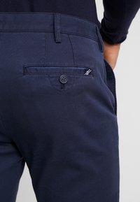 IZOD - Chino - navy blazer - 5