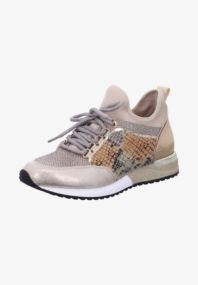 CRACKED  - Trainers - animal