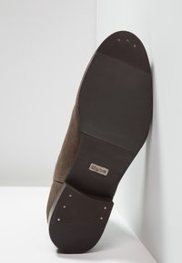 Tigha - ALBIE - Classic ankle boots - taupe - 4