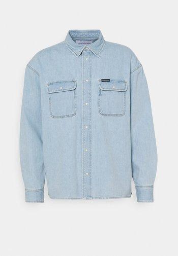 OVERSIZED  - Shirt - light