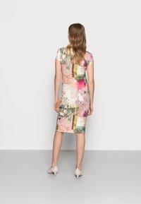 9Fashion - HOLLY NEW II - Shift dress - mottled light pink - 2