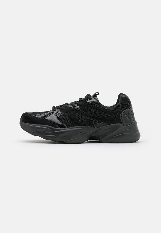 ONLSHAY - Sneakersy niskie - black