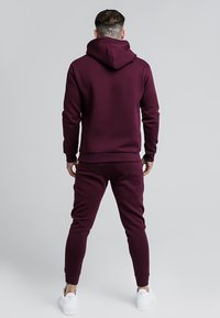 SIKSILK - MUSCLE FIT OVERHEAD HOODIE - Mikina s kapucí - burgundy - 2
