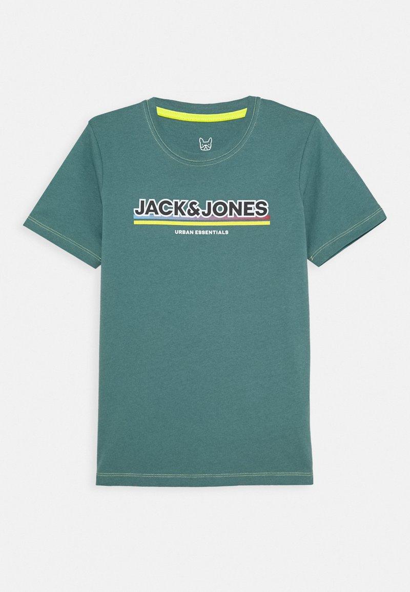 Jack & Jones Junior - JCOSHADE TEE CREW NECK - T-shirt med print - north atlantic