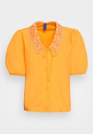 FALAKR BLOUSE - Blouse - saffron