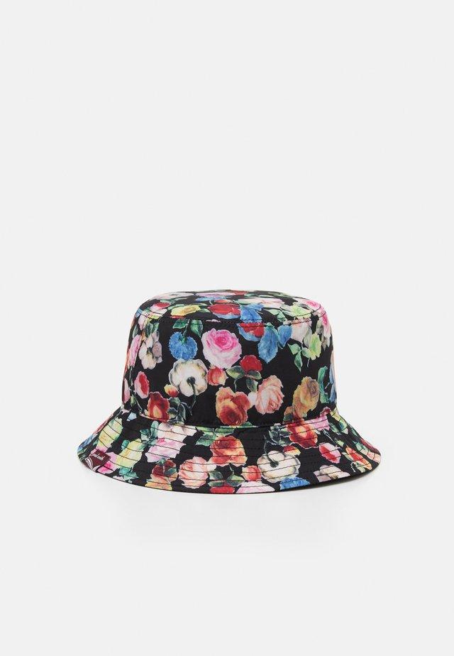 Hattu - multicolor